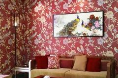 Wallpaper-Dinding-Ruang-Tamu-Minimalis-Pink-Motif-Bunga-Burung-Nyaman-Elegan-Mempesona-Mewah-Terbaru